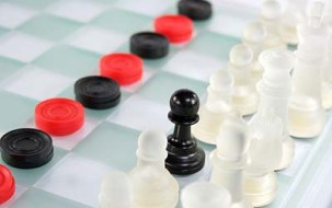 50433-400x252-Checkers_and_chess